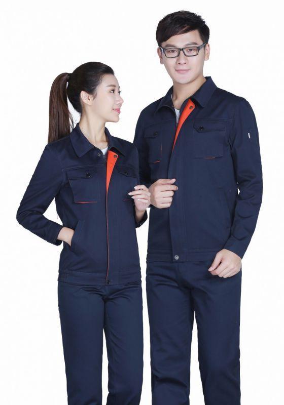 北京工作服装厂家提示您:服装加工厂有待规范化